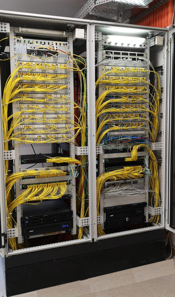 Netzwerkschrank Gelsenkirchener Schule